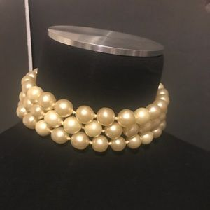 Chanel gold plated pearl limited rare choker